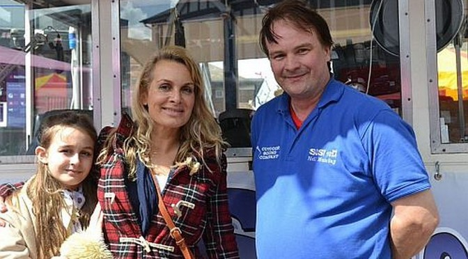 Jay Aston visits SUSY on Horley Fun Day