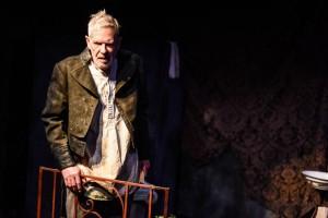 Beau Brummell - An Elegant Madness, Jermyn Street Theatre - Richard Latham, courtesy of Savannah Photographic_2