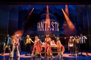 Fantastic Mr Fox at Nuffield Southampton Theatres. Photo credit Manuel Harlan (2)