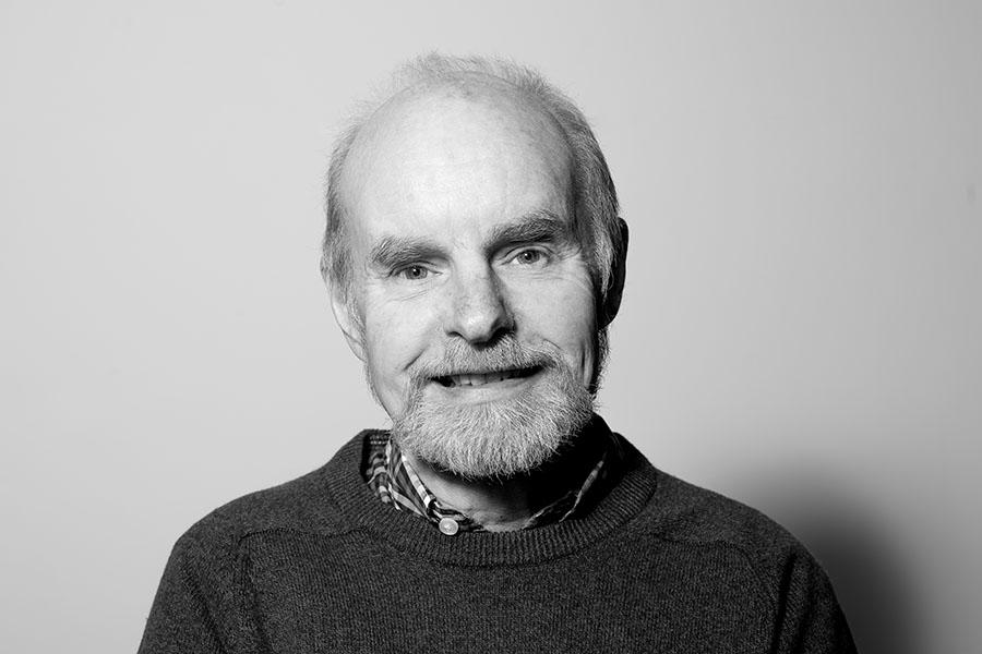 black and white portrait of Alan Webber