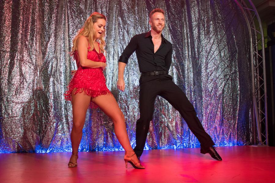 tv stars dancing