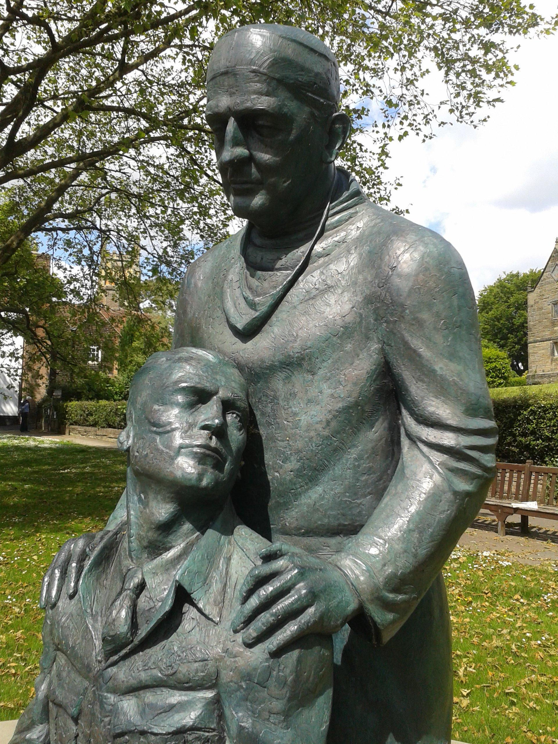 East Grinstead: Battle Of Britain Commemoration and McIndoe Statue Dedication